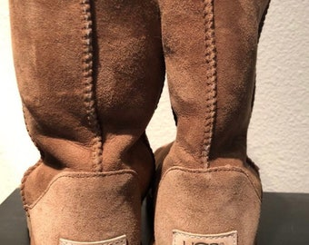 UGG boots size 8 Tan