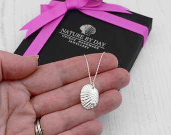 Silver Australian cockle shell necklace. Double sided necklace. 2 necklaces in 1. Christmas gift for her, Mum, sister, daughter.