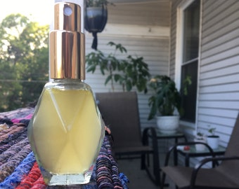 Essential Oil Perfume in Geo Bottle | Frankincense, Lavender, Vetiver, Tangerine