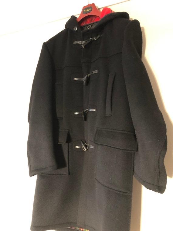 Traditional men's wool English duffel duffle coat