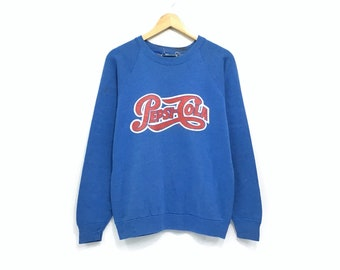 f04e7bfd9e210 Vintage Pepsi Cola Crewneck Sweatshirt Big Print Spell Out Pullover    Fashion Style   Soft Drinks Brands   Streetwear   Medium Size