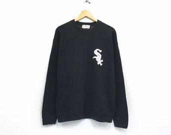 ecfafe3c214 Chicago Red Sox Crewneck Sweatshirt Jumper Medium Print Spell Out Pullover    MLB   Sportswear   Urban Style   Streetwear   Medium Size