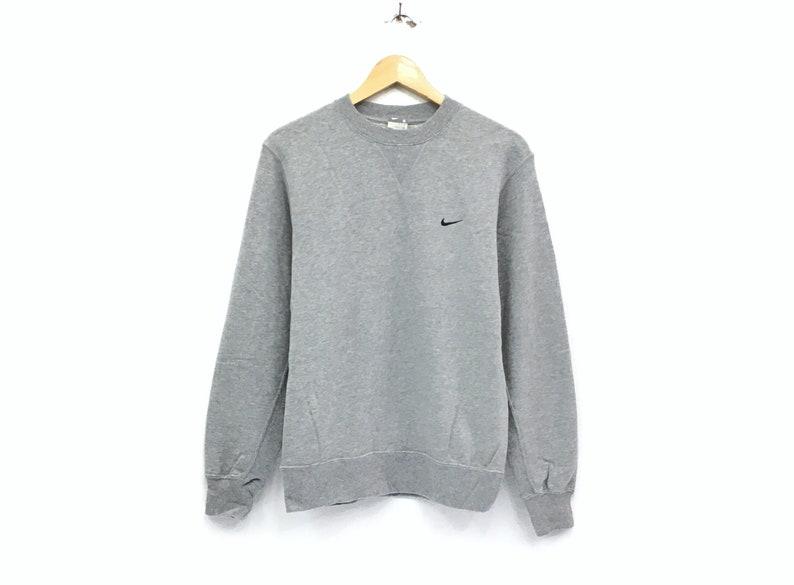 10a019d85546 Nike crewneck sweatshirt embroidery small swoosh logo pullover