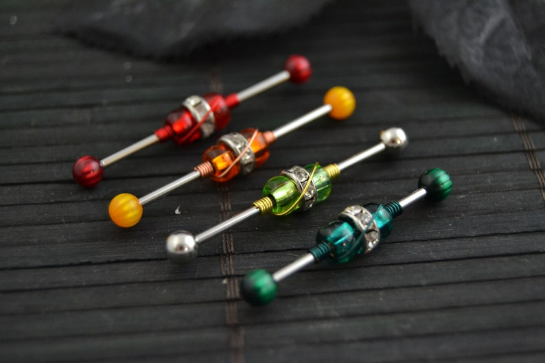 Custom Industrial Piercing Neon Green Silver Industrial Barbell 303234363738mm Straight Barbell 14g 316L Stainless Steel Barbell