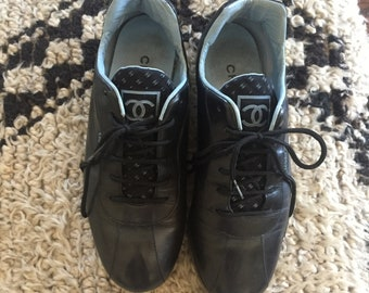 d95ec9893f14 Vintage CHANEL CC Logo Black Blue Leather Sneakers Trainers Sport Tennis  Driving Shoes 36.5 US 6