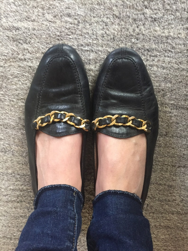 e478bcc9d1d24 Vintage CHANEL 93A Black Gold Braided Chain Leather Loafers | Etsy