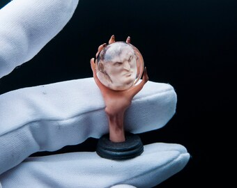 1/12 scale fortunetelling witch head in ball. Magically spirit Answer horror cabinet oddities 1:12 kunstkamera creepy miniature dollhouse