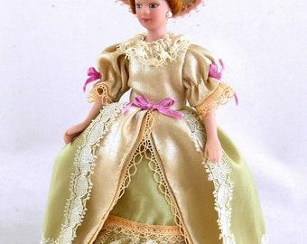 Dollhouse Miniature Doll Lady Bride Figurine G 1:12 scale K56 Dollys Gallery