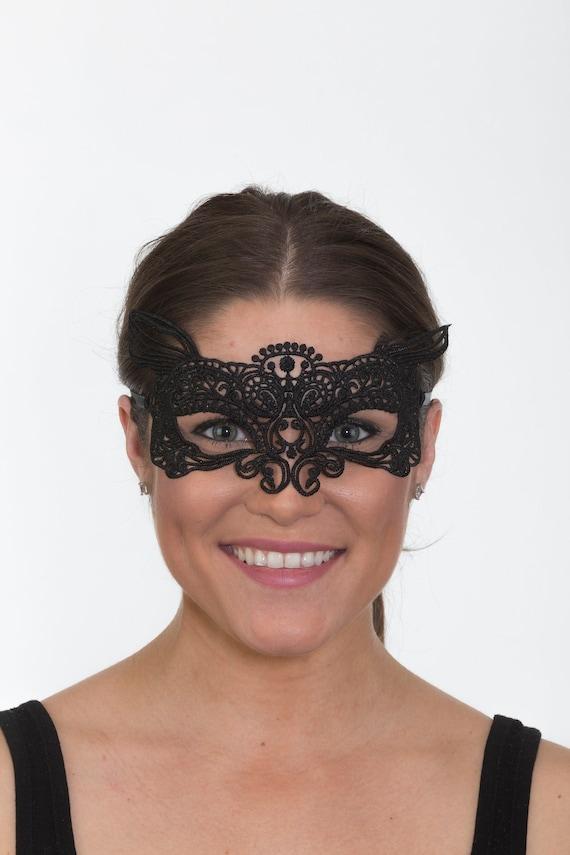 Womens Girls Mardi Gras Venetian Mardi Gras Masquerade Half Eye Mask Black Furry Cat Metallic Costume Accessory Cosplay
