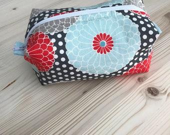 Polka flowers medium multipurpose bag