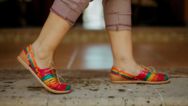 mexican sandals Colorful huaraches Mexican style huaraches Mexican huarache handmade huaraches comfortable huaraches sandals