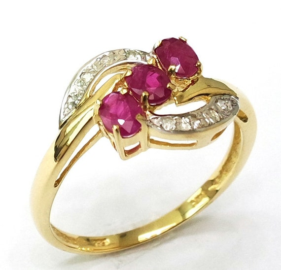 R1271 Gorgeous Ring 10KT Yellow Gold Huge Natural Garnet Pear Cut /& Diamond Ring SIZE 7