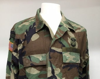 00ed91e0a0010 US Army Military Camo Hot Weather Jacket with Patches Airborne Master  Sergeant Vintage 1999