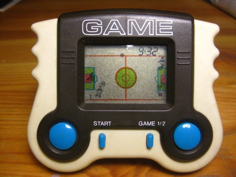 Great gift Collectible and Rare! Great condition Fully working Handheld Console Alarm Game Clock Vintage Video Game Football 80/'s