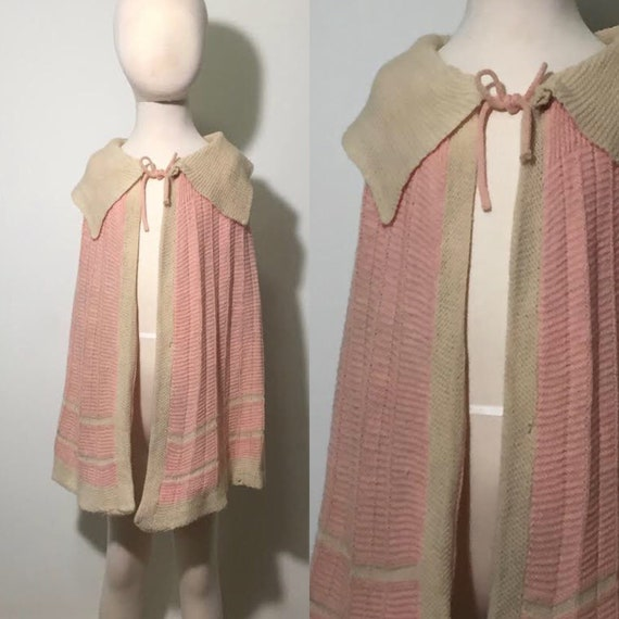 School Yard Cape | 1930s Hand Knit Capelet | 1930s
