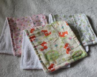 Little Foxes Burp Cloth set