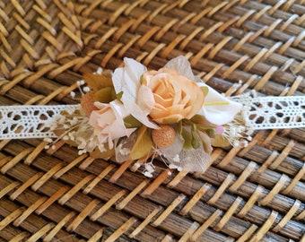 Bracelet with flowers