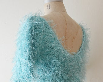 1990s vintage fuzzy blue crop sweater