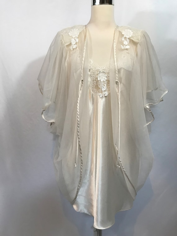 bb1933e2f8 Val Mode Lingerie Set Off White Nightie and Sheer Robe