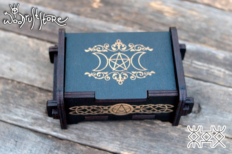 Wiccan Triple Moon Black Wooden Box Pentacle Occult Decor Ritual Tool Wiccan Gifts Pagan Shrine Objects Magical Attributes Witch Box