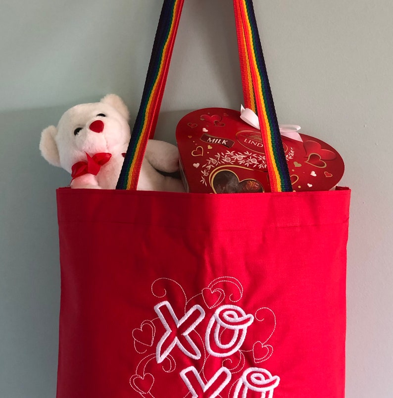 Mom Wife Sister XO Embroidered Tote Bag perfect for Valentine/'s Day or Just to Say I Love You for Girlfriend