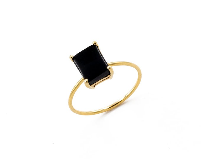 Featured listing image: rectangular onyx ring
