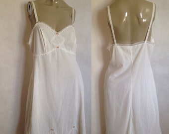f9ac44c3b36 St Michaels s white nylon night gown with frilly ruffles and pink fabric  roses