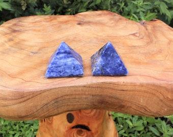 "Sodalite Crystal Pyramid: Medium 1""+ Polished Gemstone (Sodalite Pyramid)"