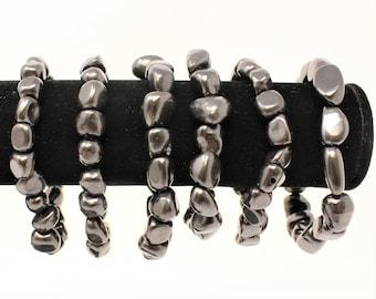 Shungite Tumbled Stone Bracelet: 6-8 mm Stones (Shungite, Stretch Bracelet, Tumbled Stone Bracelet, Gift)