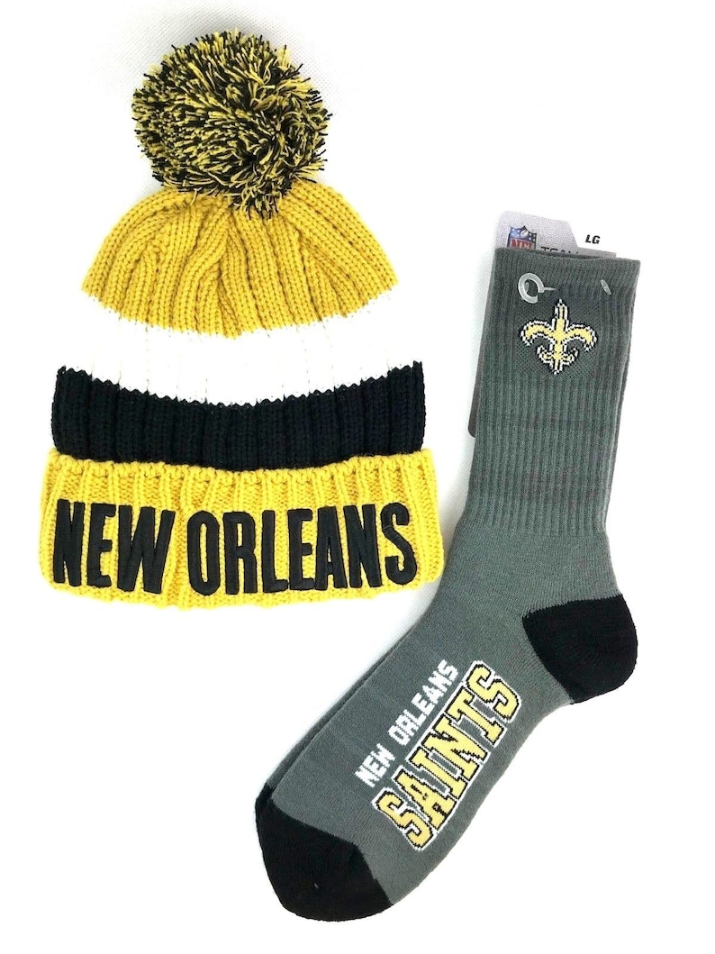 0015b096 NFL New Orleans Saints Football Deuce Crew Gray Socks with New Orleans  Stocking Hat Gift Set