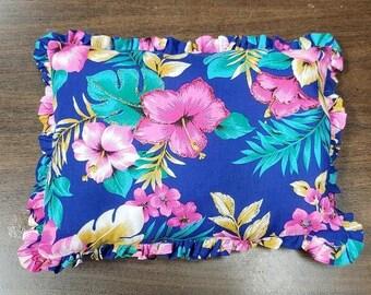 Tropical Ruffled Hem Pillow \ Cushion