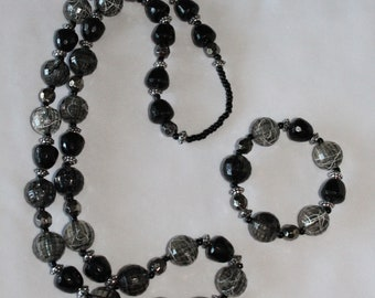 Bold and Beautiful Necklace and Bracelet Set
