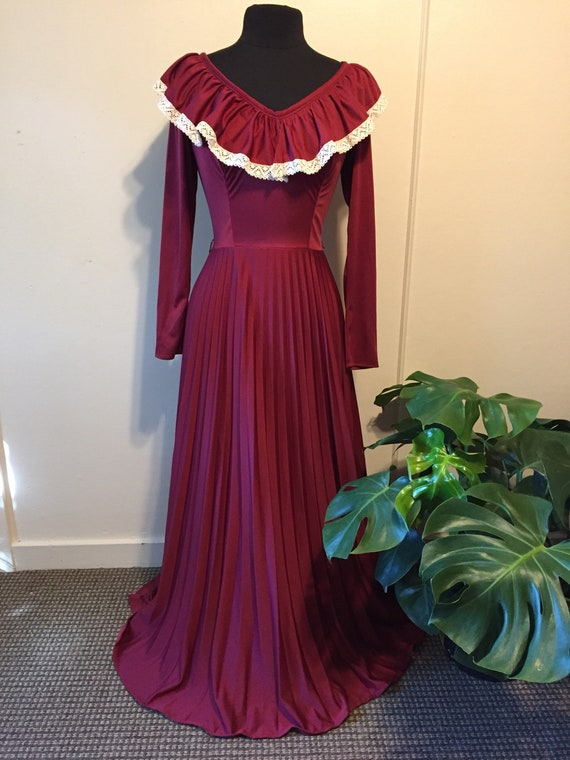 Vintage 70s JC Penney Red Wine Prairie Dress Pleat