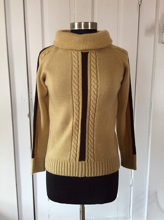 60s Jantzen Sweater Medium Mustard Yellow