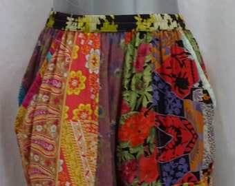 EAMZ 452 Sacred Threads Patched Rayon Capris Pockets Small
