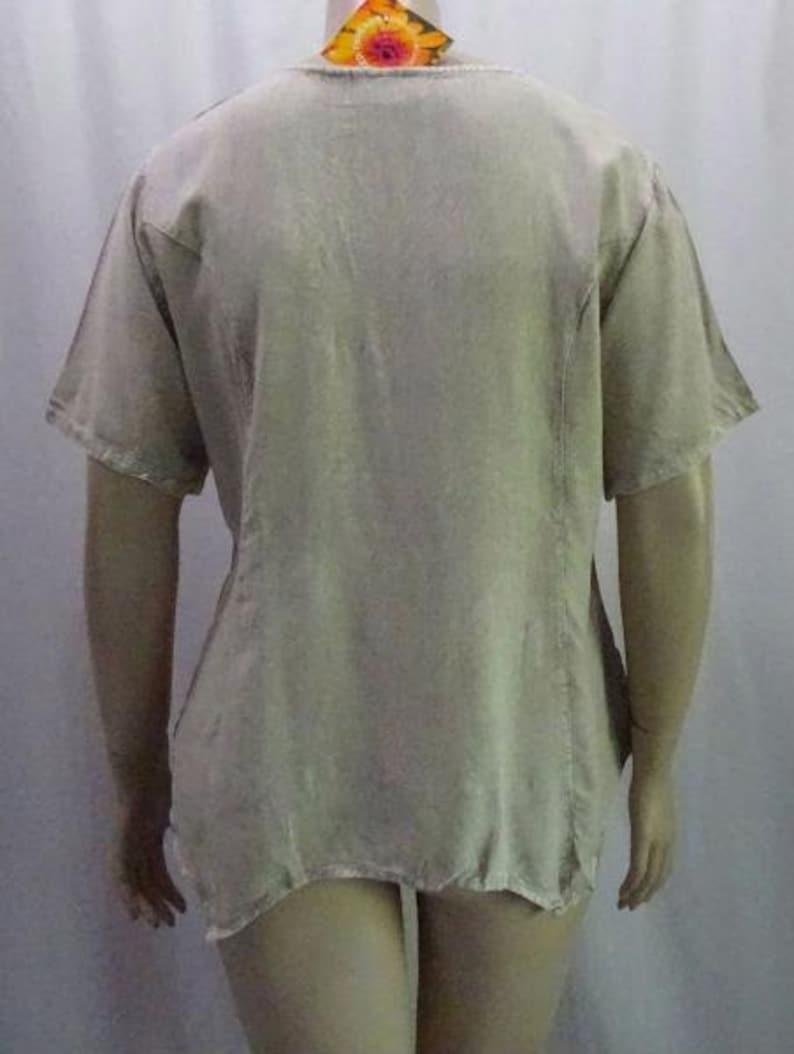 40c4b1de5286a EAMZ 673 SACRED THREADS Brown Acid Wash Embroidery Top Shirt small