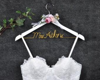 Personalized Gown Hanger - Wedding Dress Hanger With Flower -  Bride Hanger - Bridal Hanger - Bride Gift - Bridal Shower Gift