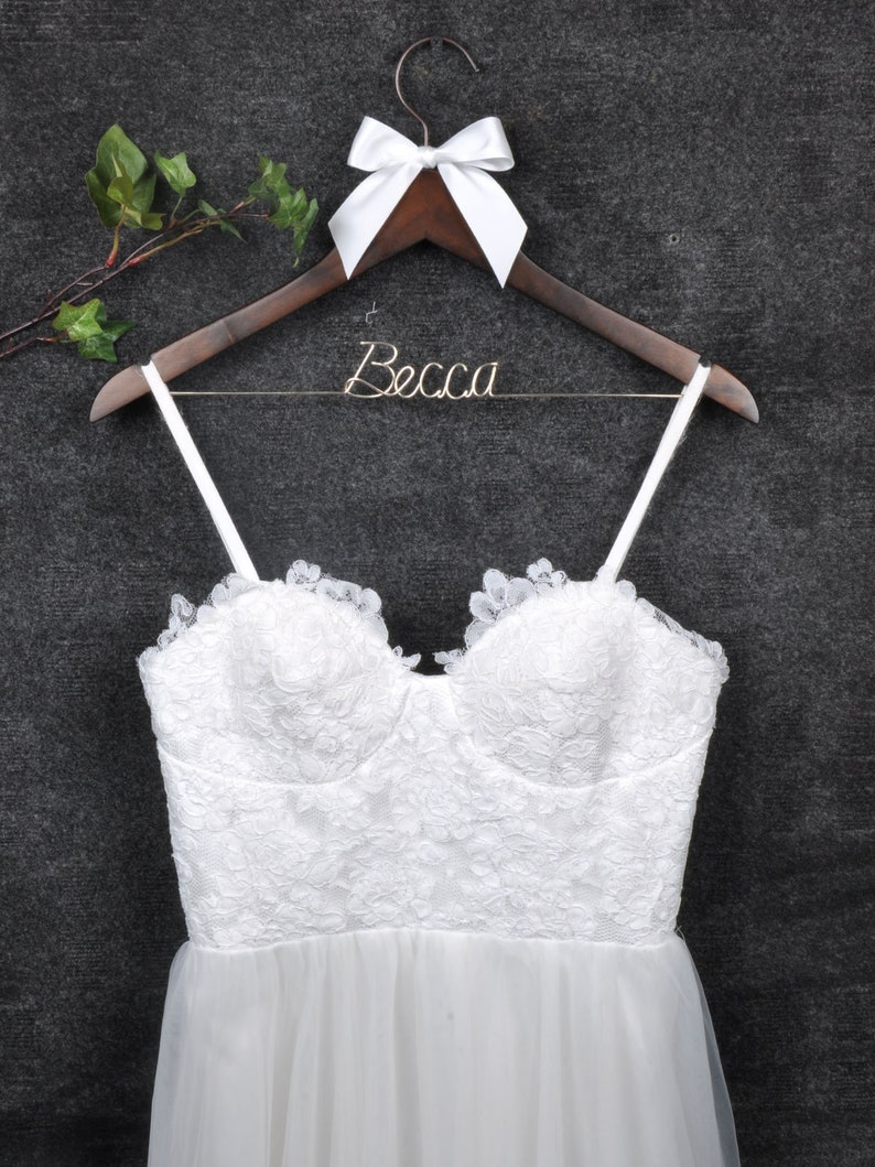 Wedding Hanger,Wedding Dress Hanger,Wedding Robe Hanger,Personalized Bridemaid Hanger,Maid of Honor,Mather of the Bride,Bridal Shower Gift