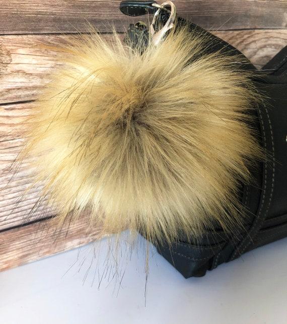 Fox Faux Fur Pom Pom Key Fob Purse Charm Pom pom Keychain  d4ce86f310d3