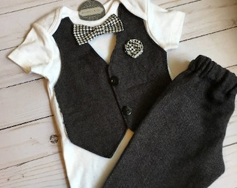 81b05b9db18 Laurent -Newborn Coming Home Outfit