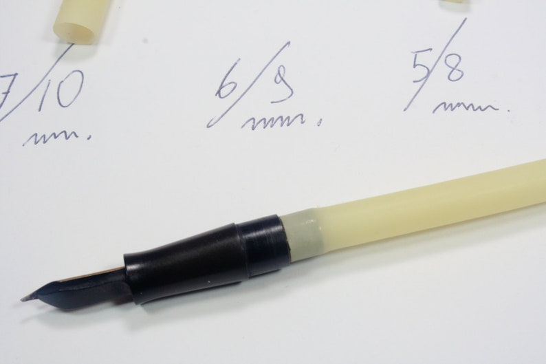 Ink sacs latex for fountain pens  repairing and restoring button filler set of 4 pieces  in different sizes lever filler