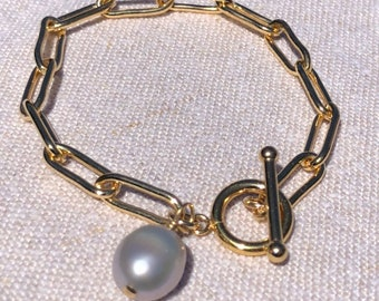 Paperclip link chain toggle bracelet pearl charm, 14Kt goldfilled, large paperclip link