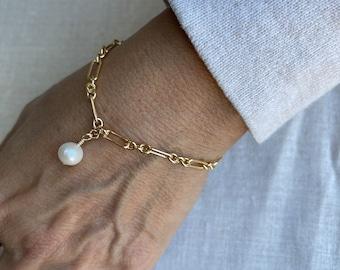 Gold Link bracelet with freshwater pearl charm, 14Kt Goldfilled, long link bracelet