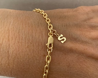 Initial charm bracelet, personalized gift for her,  friendship bracelet, 14Kt goldfilled, cable chain 3.5mm,
