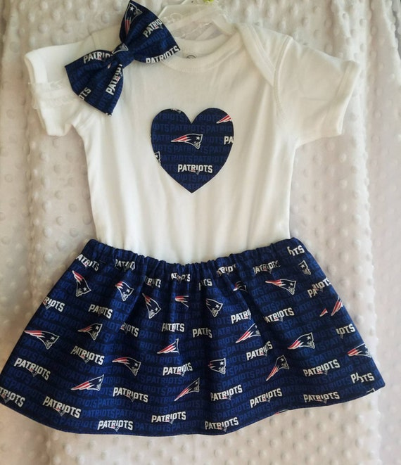 pretty nice adfb9 e2892 New England Patriots Baby Girl Clothing Set