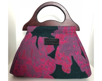 Pink tote handbag with fancy print never go without for brunch in Amsterdam bag with wooden handle handle bag handbag wood bag handle