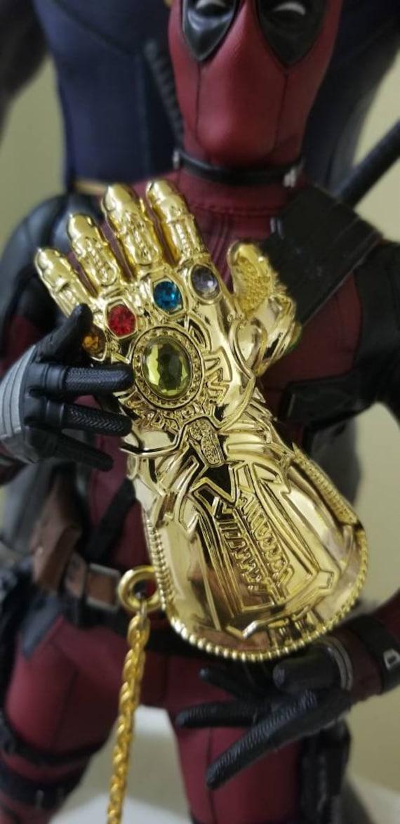 Endgame Thanos Infinity Gauntlet Gold Diecast Ornament Avengers Infinity War