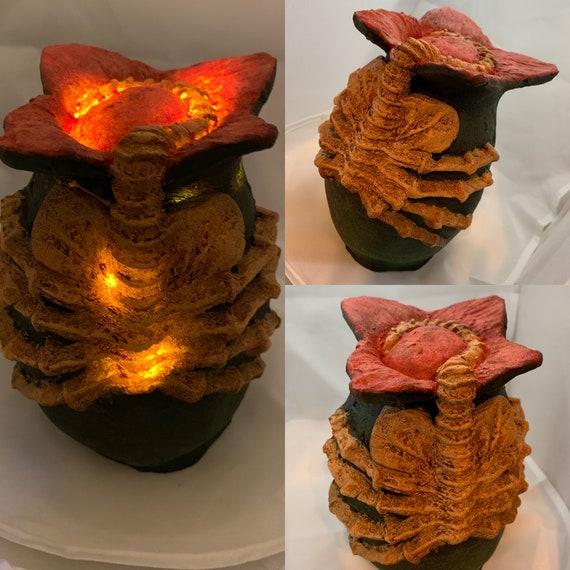 Xenomorph Alien Egg Face Hugger Night Light Etsy