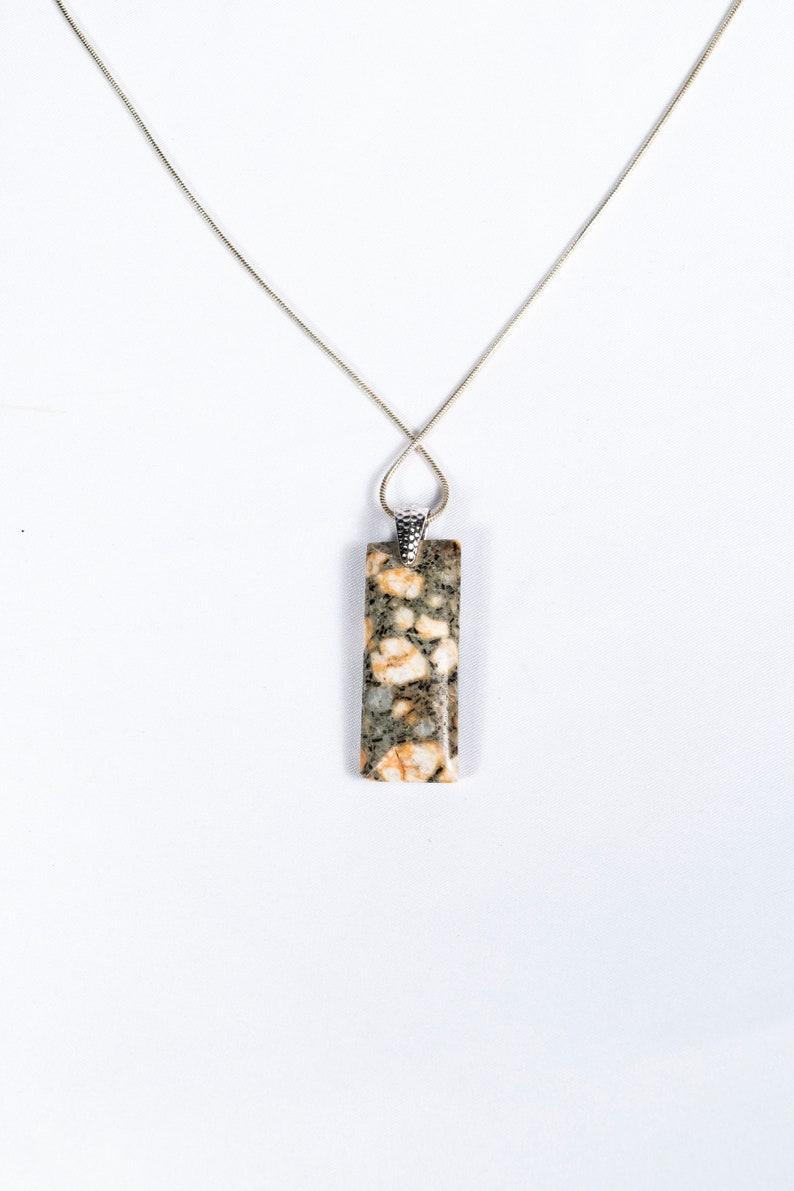 TEENY TINY Éléphant Collier Pendentif avec diamants en argent sterling