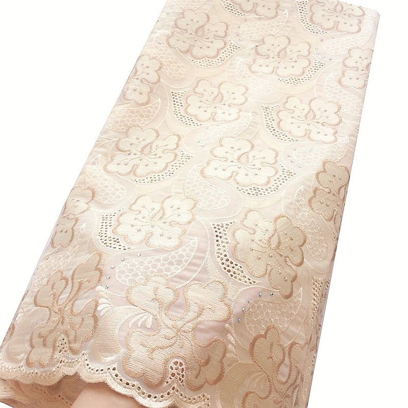 African Dry Swiss Cotton Voile Lace Cream Switzerland Aso Ebi Lace Nude Nigerian Lace Fabric 2018 High Quality Lace With Stones